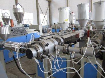 金塑机械PPR管材生产线有哪些设备